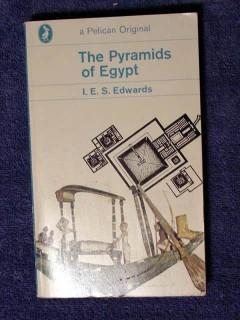 pyramids of egypt by i e s edwards vith dynasty egyptian book
