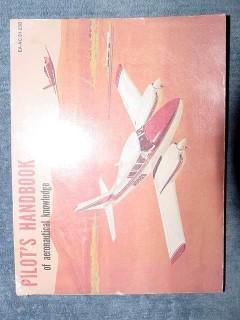pilots handbook of aeronautical knowledge airplane training book
